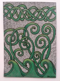 The other day I received a wonderful #TangleTrove with a nice green pen and set of beautiful celtic patterns. I think this fits perfectly into this weeks diva challenge