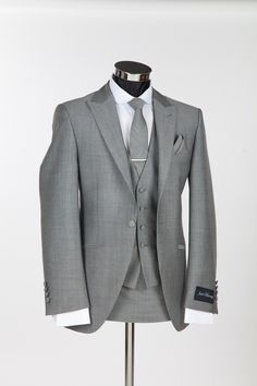 Richmond Silver Mohair Slim Wedding Suit by Jack Bunney. Perfect. PERFECT. PERFECT!