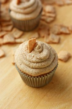 Cinnamon toast crunch cupcakes! Have to make one day for the bros