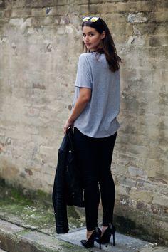 grey tshirt black skinny jeans heels stilettos skinnies casual fall