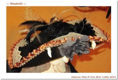 3. ::: Seashell ::: Unikater Filzhut - Handarbeit, Häkel-Borte & Feder-Boa, Muschelanhänger & Seestern, Diverse Federn ( Strauss, Fasan ), Stoff- und Federbrosche