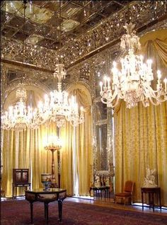 Golestan Palace - Little remains of the original interior of Iran's royal palaces after the revolution 1979. Most of the furniture and art objects are gone, and as the palaces many years later reopened to the public, attempts were made to refurnish them - Tehran,Iran