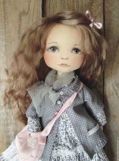 Купить Кукла с розовой сумочкой - комбинированный, авторская ручная работа, коллекционная кукла, текстильная кукла
