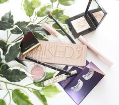 Sarah in Wonderland's favourite beauty products #flatlay
