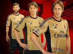 Tercera equipacion del AC Milan 2013 - 2014 baratas podrás conseguirla desde equiposdefutbol2014.es.