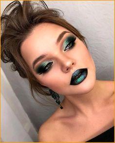 Makeup Trends, Makeup Inspo, Makeup Ideas, Makeup Hacks, Makeup Goals, Green Makeup, Black Makeup, Turquoise Makeup, Bold Makeup Looks