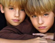 Cole and Dylan Sprouse brothers Dylan Sprouse, Sprouse Bros, Cole M Sprouse, Dylan Et Cole, Zack E Cold, Cole Sprouse Jughead, Youth Of Today, Riverdale Cole Sprouse, Suite Life