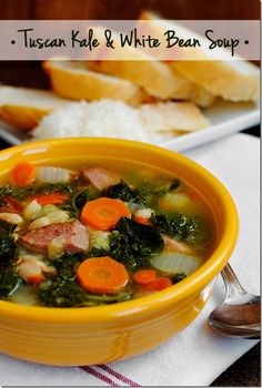 Tuscan Kale & White Bean Soup is hearty yet light, gluten-free, and packed with vegetables and kielbasa. The perfect cold-weather soup! Kale Soup, Soup And Salad, Quinoa Soup, Veggie Soup, White Bean Soup, White Beans, Fall Soup Recipes, Dinner Recipes, Crockpot