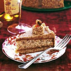 Hungarian Hazelnut Torte - the filling and icing! Hungarian Desserts, Hungarian Cuisine, Hungarian Recipes, Hungarian Food, Hungarian Cookies, Hazelnut Torte Recipe, Hazelnut Cake, Torte Au Chocolat, Cake Recipes