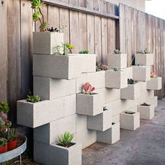 block garden wow so modern looking and budget friendly