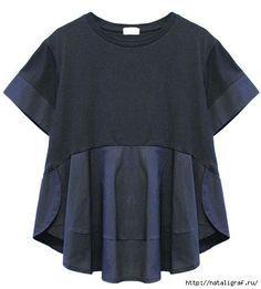 Из обычной футболки даже на крупную фигурку можно сделать футболку-блузу, добавив шёлк или тонкий хлопок на рукава и на животик