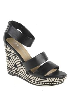 Chinese Laundry Ines Platform Sandals in Black Gally Burnish - Beyond the Rack