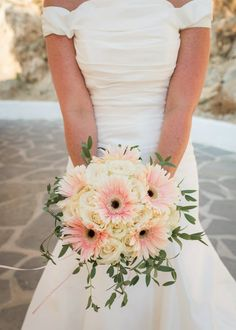 35 Rustic Wedding Rustic Wedding Decorations You Must Have A Look --- daisy bouquet with sage green foliage for fall weddings, forest weddings, diy bridal bouquets,Ivory Rose & Pale Pink Gerbera www. Gerbera Bridal Bouquet, Daisy Bouquet Wedding, Gerbera Wedding, Bride Bouquets, Flower Bouquets, Pink Gerbera, Prom Flowers, Wedding Flowers, Marie