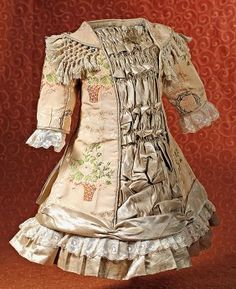 """Lot: FINE, LAVISHLY-DESIGNED DRESS FOR FRENCH BEBE, Lot Number: 0138, Starting Bid: $250, Auctioneer: Frasher's Doll Auction, Auction: """"Adoring Eyes"""" Antique Doll Auction, Date: March 1st, 2015 GMT"""