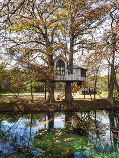 Stay overnight at Treehouse Utopia, Texas