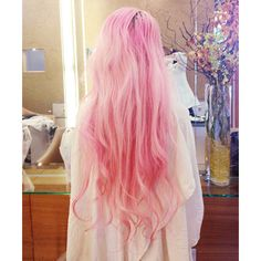 Tumblr via Polyvore featuring hair, people, photo, pink hair and cabelos