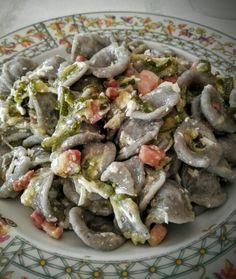 Orecchiette di grano arso pancetta zucchine e ricotta salata