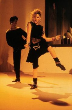 Check out Madonna @ Iomoio Madonna 80s Outfit, 1980s Madonna, Madonna Costume, Madonna Fashion, Madonna Music, Lady Madonna, 80s Costume, Madonna Mode, 80s Fashion