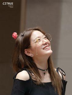 Jang Gyuri was born on December 1997 and is a member of the Korean girl group Kpop, Magical Girl, Pop Group, Korean Girl Groups, Nice Tops, Cute Girls, Asian Girl, My Photos, Fan Art