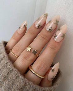Edgy Nail Art, Star Nail Art, Edgy Nails, Stylish Nails, Silver Nail Art, Neutral Nails, Elegant Nails, Gorgeous Nails, Pretty Nails