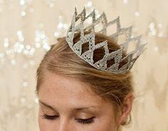 DIY: Regal Lace Crown