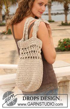 "Crochet DROPS bag in 2 threads ""Bomull-Lin"". ~ DROPS Design"