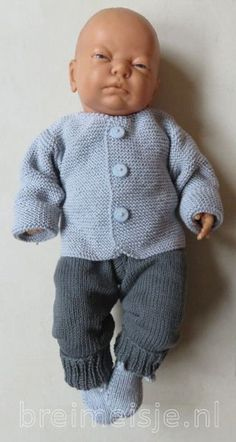 Knitting pattern baby jacket size and - Breimeisje. Baby Knitting Patterns, Baby Patterns, Doll Patterns, Baby Born Clothes, Preemie Clothes, Child Doll, Baby Dolls, Sewing Clothes, Doll Clothes