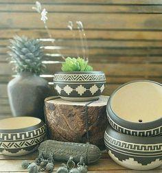 Plantador de cerámica cerámica tallada esgrafiado florero deco