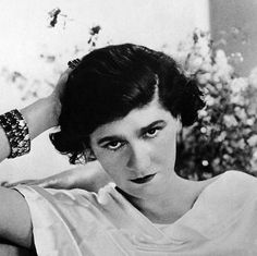 "Coco Chanel's Advice as a Decorating Mantra: ""Take One Thing Off"""