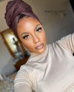 Mode Turban, Hair Wrap Scarf, African Head Wraps, Turban Style, Black Girls Hairstyles, Scarf Hairstyles, Girls Makeup, My Hair, Beauty Hacks