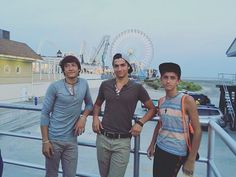 Hanging out at wildwood Sleepy Man Banjo Boys, Hanging Out, My Friend, Nice, Board, Music, Instagram Posts, Musica, Musik