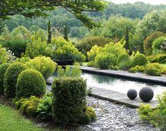 Jardins de la Poterie Hillen en Thermes- Magnoac, France.