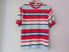 Hey, diesen tollen Etsy-Artikel fand ich bei https://www.etsy.com/de/listing/115672192/70s-vintage-mens-small-hang-ten-striped