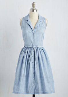 Vintage Dresses Within Outreach Dress. Coordinating the community garden becomes a breeze when you slip into this chambray shirt dress by Bibico! Spring Dresses Casual, Trendy Dresses, Spring Outfits, Cute Dresses, Fashion Dresses, Summer Dresses, Dress Casual, Spring Clothes, Dresses Dresses