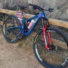 A good looking with rolling the hills of Boise. This bike is looking dialed perhaps we should upgrade that cockpit. Mtb, Mountain Biking, Cycling, How To Look Better, Bicycle, Santa Cruz, Veils, Biking, Bike