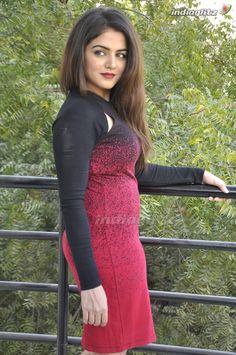 Wamiqa Gabbi Punjabi Actress, Hindi Actress, Tamil Actress Photos, Beautiful Bollywood Actress, Beautiful Indian Actress, Beautiful Actresses, Beauty Full Girl, Beauty Women, Wamiqa Gabbi