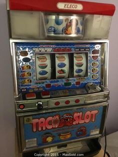 MaxSold - Auction: Mississauga  Downsizing Online Auction -  Japan Slot Machine Collectable