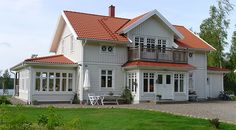 Brudbäcken 2462 - Lövsta Trähus Scandinavian Home, Nordic Home, German Houses, Swedish Cottage, American Houses, Coastal Homes, Beautiful Buildings, House Floor Plans, House Colors