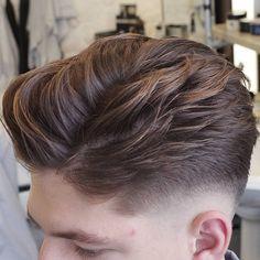 mensworldherenkappers low fade haircut and wavy hair mens hairstyle  #menshairstyles #menshaircuts #menshair #hairstylesformen #haircuts #fades #fadehaircuts #fadehaircut #coolhaircuts #newhaircuts #menshairstyles 2017