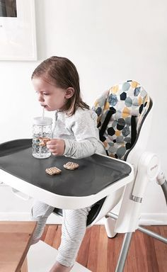 Nothing is more stylish than Oribel's Cocoon High Chair paired with its very own seat liner that's comfy and stain-resistant!