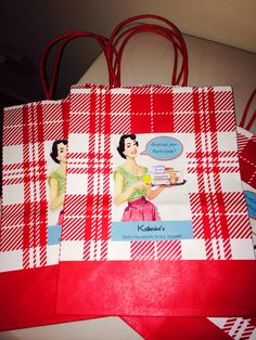 Retro Housewife Bridal Shower Gift Bags