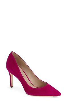 Free shipping and returns on Via Spiga 'Carola' Pointy Toe Pump (Women) at Nordstrom.com. Crisp, clean lines shape the timeless pointy-toe silhouette of an effortlessly sophisticated go-to pump.
