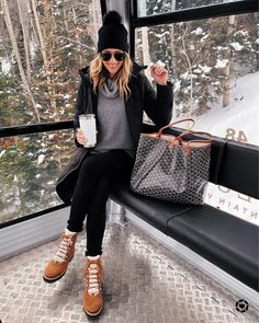 Fashion Jackson Wearing Black Beanie Black Puffer Jacket Grey Turtleneck Sweater Winter Boots Winter Outfit Telluride Gondola Source by fashion_jackson fashion Casual Winter Outfits, Winter Outfits For Teen Girls, Winter Mode Outfits, Winter Fashion Outfits, Autumn Winter Fashion, Outfit Winter, Winter Snow Outfits, Outfits With Boots, Snow Outfits For Women