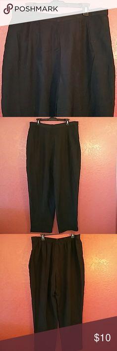 🌟Dress Barn black dress pants, size 18W Dress Barn black dress pants, size 18W. Made from 67% polyester and 33% Rayon. Pants zip in back. Dress Barn Pants Trousers