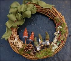 Woodland Gnome Grapevine Wreath… Made to order (woolcrazy) - Wreath Ideen Christmas Time, Vintage Christmas, Christmas Crafts, Christmas Ornaments, Diy Wreath, Grapevine Wreath, Felt Mushroom, Deco Nature, Xmas Wreaths