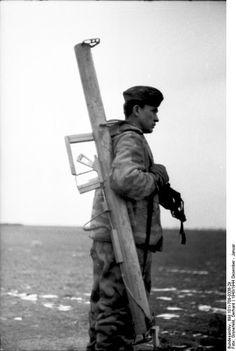German soldier carryng a panzerbüchse - Ukraine, December 1943