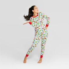 The Peanuts Holiday Pajama Set lets you and your family celebrate the  holidays with Charlie 0f4ef120f