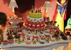 birthday party, snow white and the seven dwarfs birthday party,snow white themed birthday party,snow white,disney's snow white,birthday cake,truffles ,truffle wrappers,party ideas,girls birthdays,girls birthday party,girls birthday,red birthday party