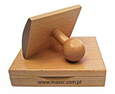 Poduszka drewniana na tusz w komplecie ze stemplem drewnianym  typu kołyska