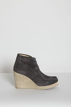 grey suede wedge moccasin - love!